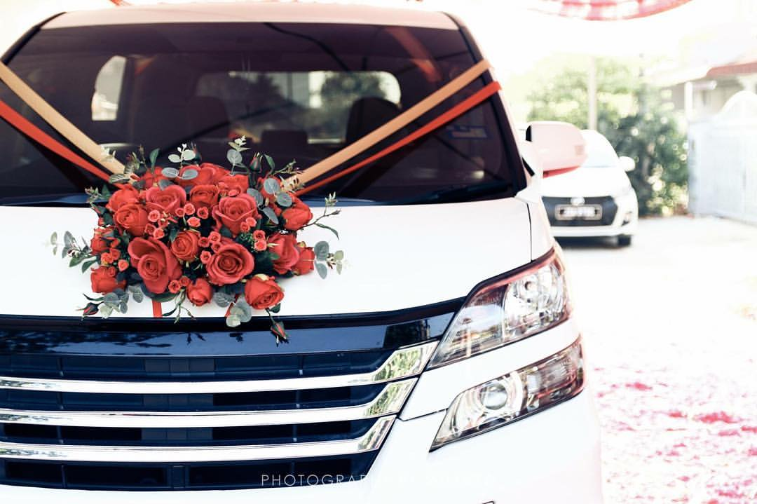 Bridal Car Decoration & Bridal Bouquet